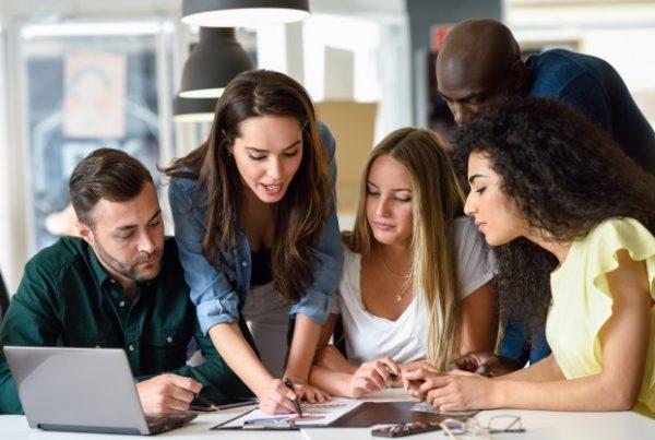 kursus bahasa Inggris untuk karyawan di Jakarta Pusat