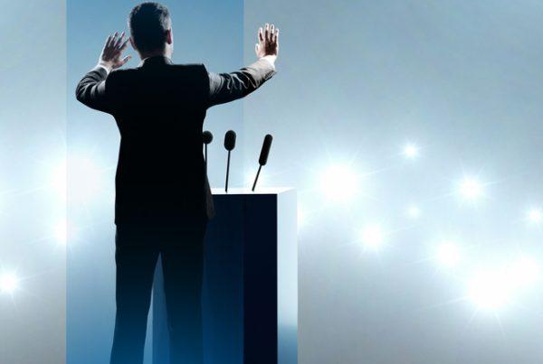 4 - Diana - Ingin Pidato Lebih Syari. Berikut Pembukaan Pidato Bahasa Inggris Islami